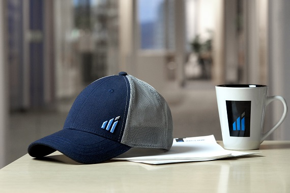 Incline Mug and Hat